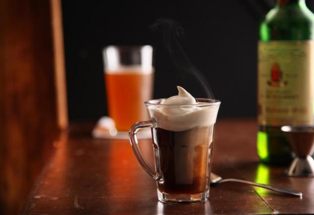 Irish Coffee: İrlanda'nın Kış Gecelerine Armağanı