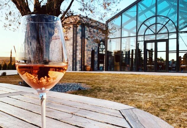 Perdix Wines: Urla'da Salkımdan Kadehe Uzanan Yolculuk