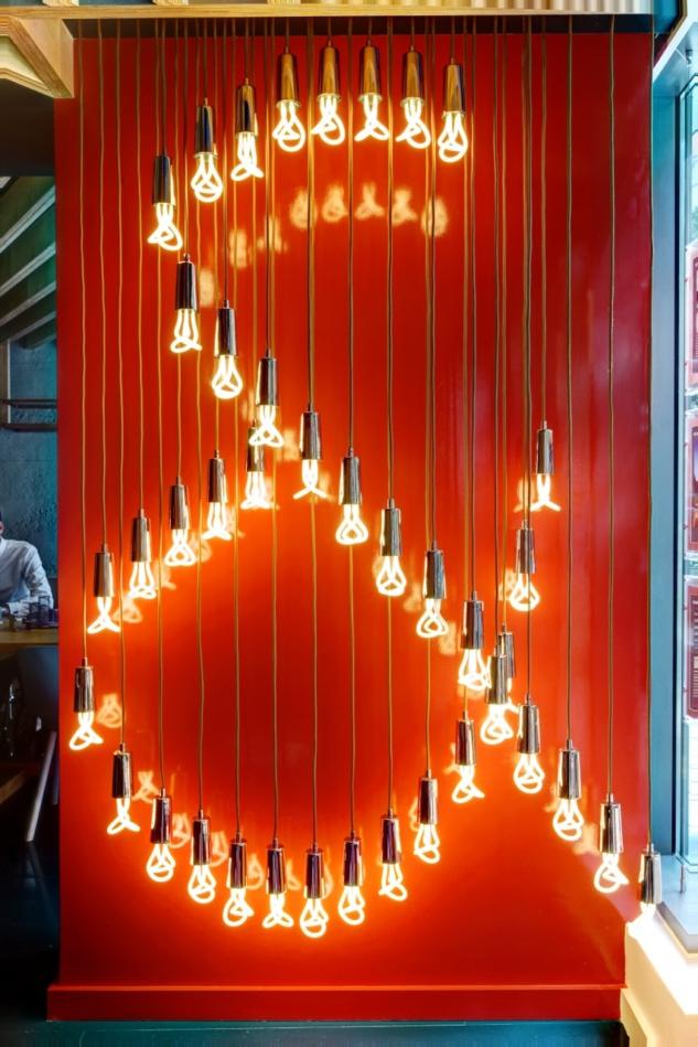 001_Plumen-001-designer-light-bulb-installation-in-real-estate-office-Johns-_amp_-Co