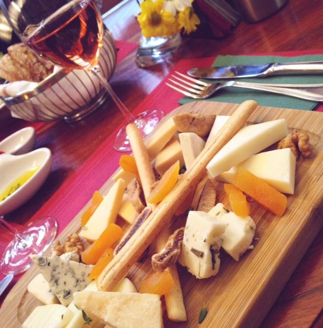 Corinne Peynir ve Sarap