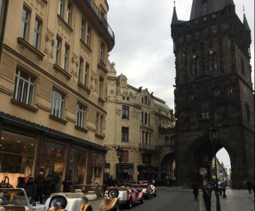 Fazlasıyla Kişisel Bir Prag Rehberi
