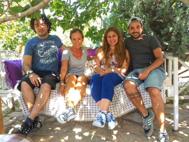 Bir Bilene Sorduk: Patiska Bağ Evi & Bozcaada