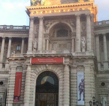 Viyana Yazıları 2:  Kraliyet Görkeminden Günlük Yaşam Kalitesine