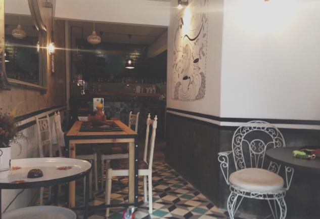 Ma'ide Cafe: Balat Kalabalıklaşıyor