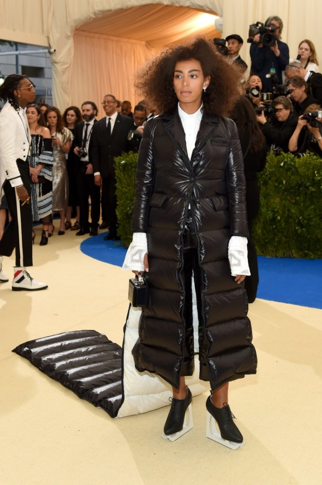 Solange-Knowles-Wearing-Thom-Browne-Met-Gala-2017