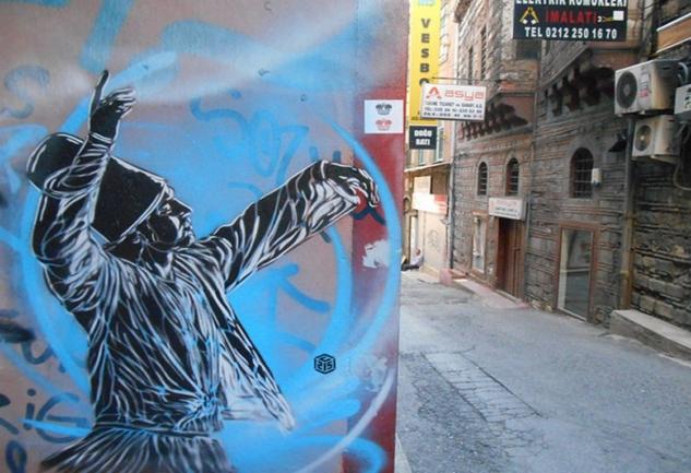 Pera Müzesi'nde C215 ve Nina'sı: Sokak Sanatı Ekonomisi Nasıl Dönüyor?