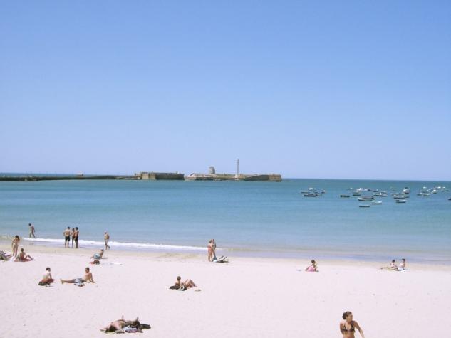 caleta beach cadiz