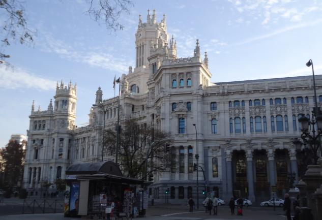Madrid: Avrupa'da Yok Böyle Hızlı ve Canlı Bir Başkent!