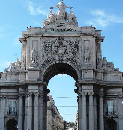 Lizbon: Avrupa'da Bir Yabancı
