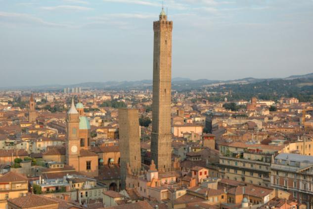 En Güzel Manzara: Asinelli Kuleleri