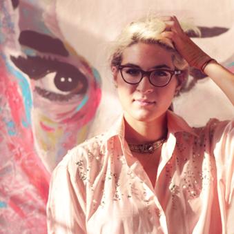 Sedef Gali: Deli Dolu Bir Türk Pop Art Sanatçısı