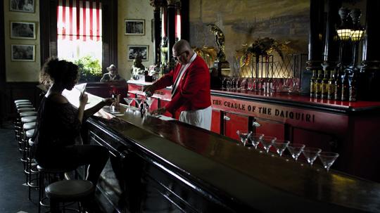 Seven Days in Havana : Elia Suleiman