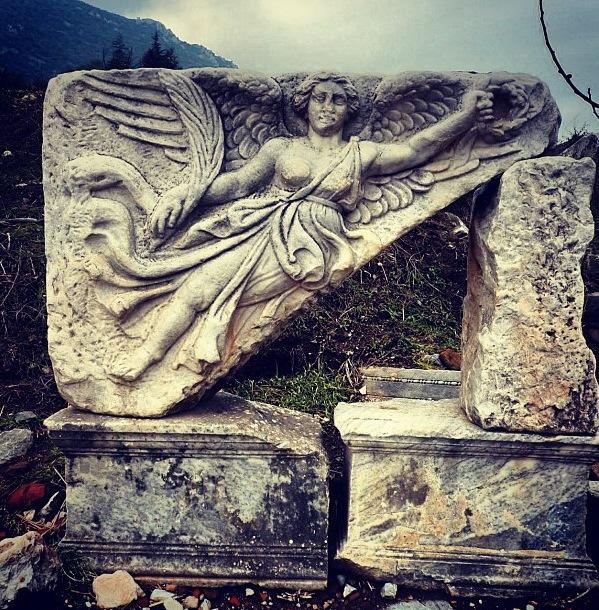 Efes by @pratz12