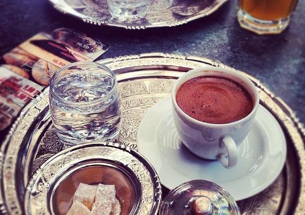 Türk Kahvesi Severler İçin: Tarihi Bağdat Kuru Kahvecisi