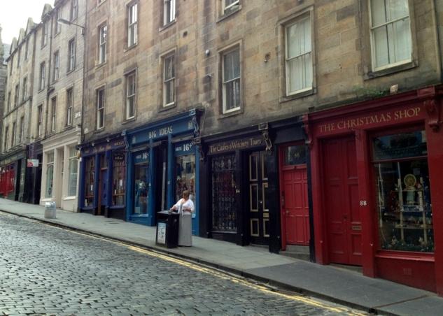 Victoria Street'de gün yeni başlıyor