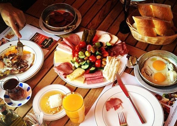 Kahvaltı: Namlı Gurme – Karaköy