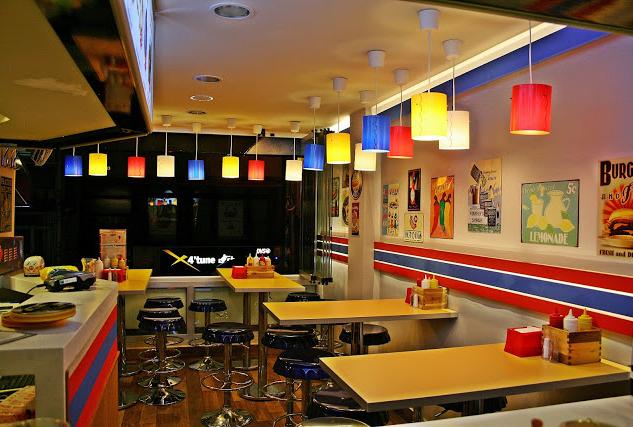 Yeni Bir Fast Food Geleneği: Carnaval Büfe Kadıköy