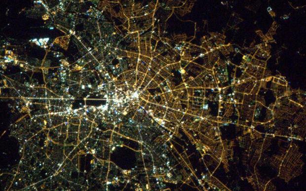 chris-hadfield-berlin