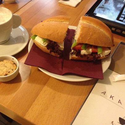 Akademi Cafe, Kadıköy