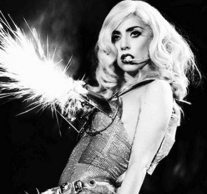 Gaga Feminizm: Şahı Değil, Veziri Tutanlar İçin!