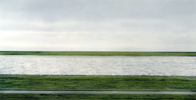 andreas gursky – the rhine ii, 1999