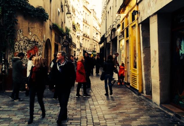 Le Marais: Paris'te Mini Vintage & Keyif Rehberi