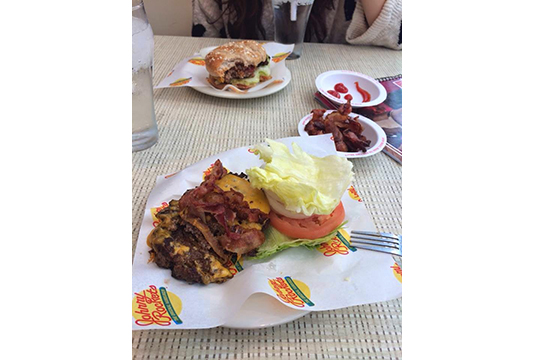 new york burger – johnny rockets