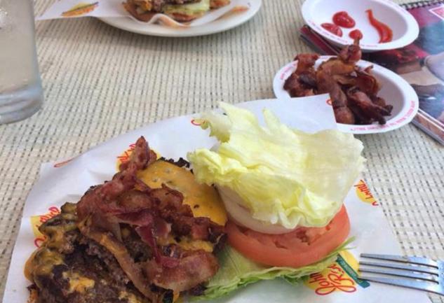 New York'ta Mükemmel Burger Peşinde