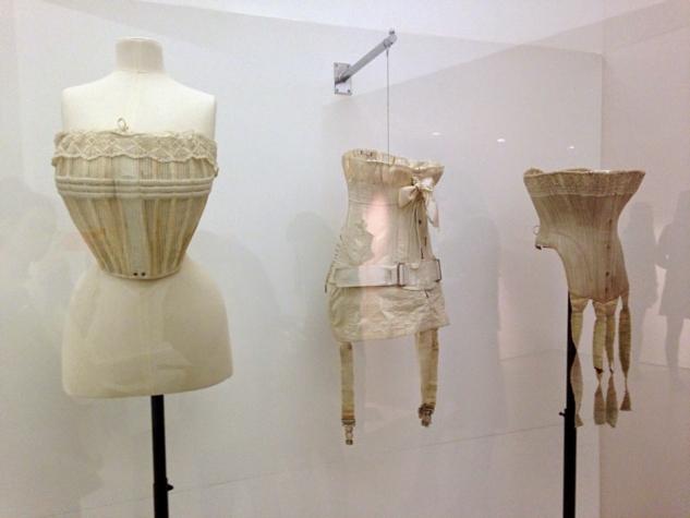 women fashion power 2