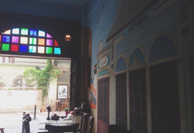 Yeldeğirmeni'nde Haydarpaşa Garı Havası: Garda Cafe