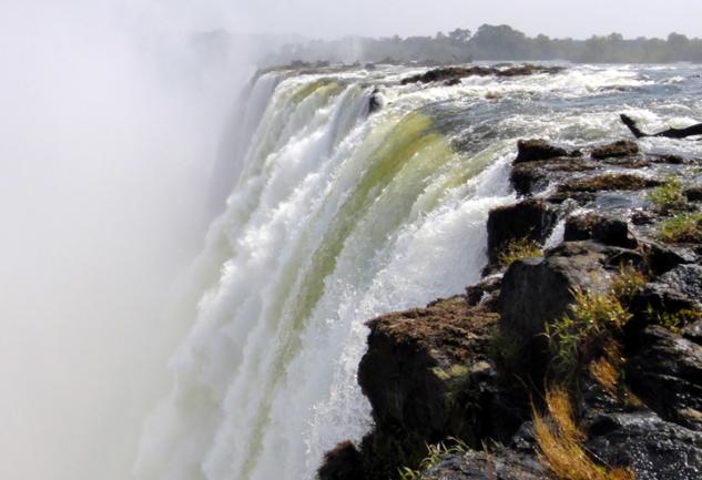 Büyülü Bir Yolculuk: Güney Afrika ve Victoria Falls