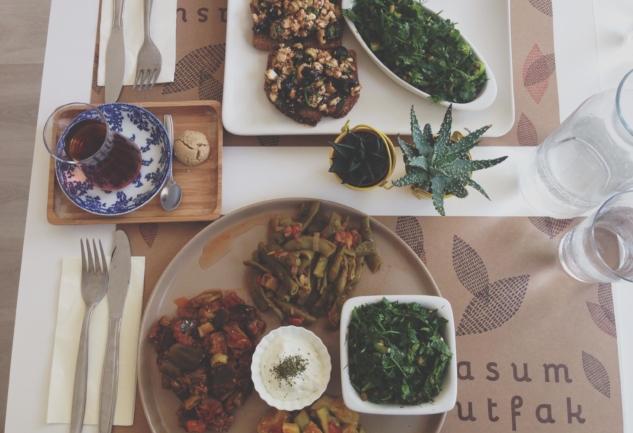 Masum Mutfak: Kuzguncuk'ta Sağlıklı Beslenebilmek Mümkün