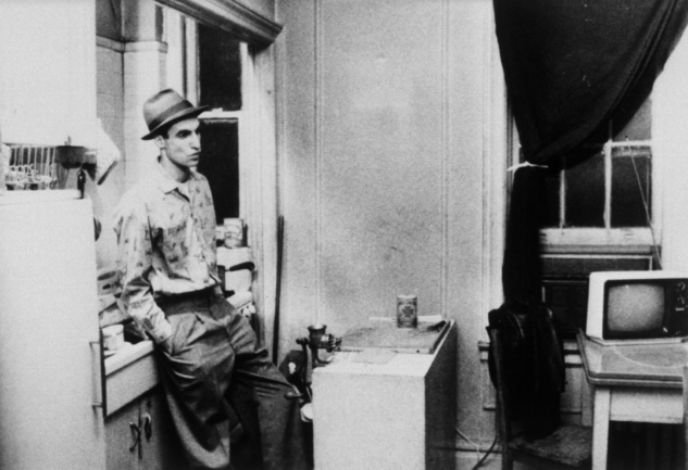 still-of-john-lurie-in-stranger-than-paradise-(1984)-large-picture