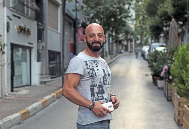 Cem Karakuş: Şehir Yaşamının Yakın Takipçisi
