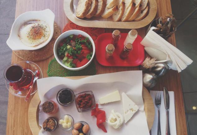 Kune Petro Cafe: Beşiktaş'ta Kahvaltı İçin Güzel Bir Alternatif
