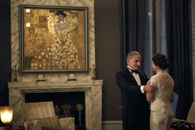 Henry Goodman and Tatiana Maslany in the film ÒWoman in Gold.Ó
