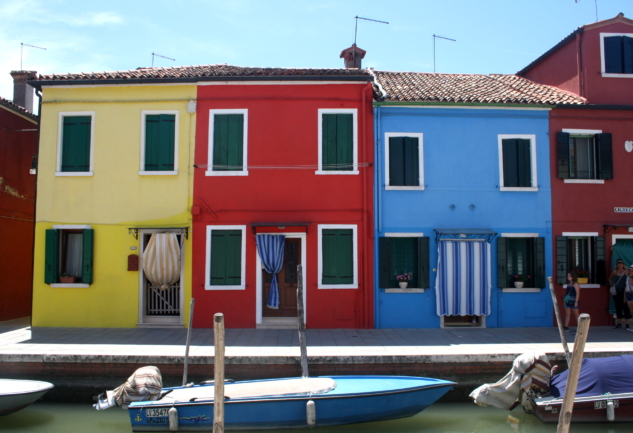 Rengarenk Bir Balıkçı Adası: Burano