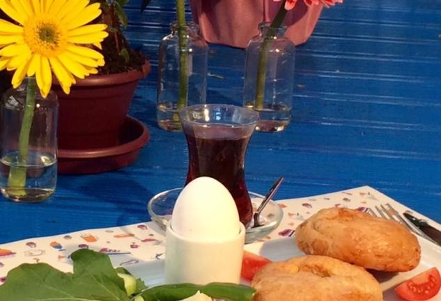 Kadıköy Kahvaltı Postası: Parachute Cafe