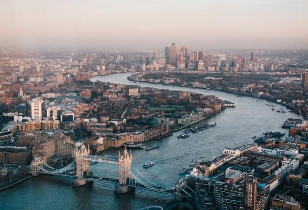 Londra'da Yaşamak: Selin Şen ile Samimi Bir Sohbet