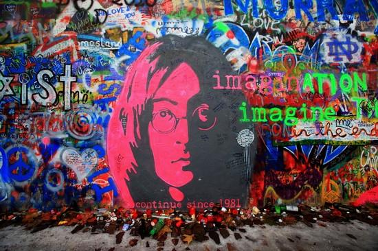 10 Maddede John Lennon