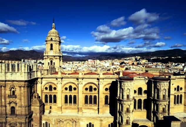 Endülüs Seyahatnamesi 3:  Malaga ve Costa Del Sol - Bir Bardak Can Suyu, Bol Deniz ve Güneş