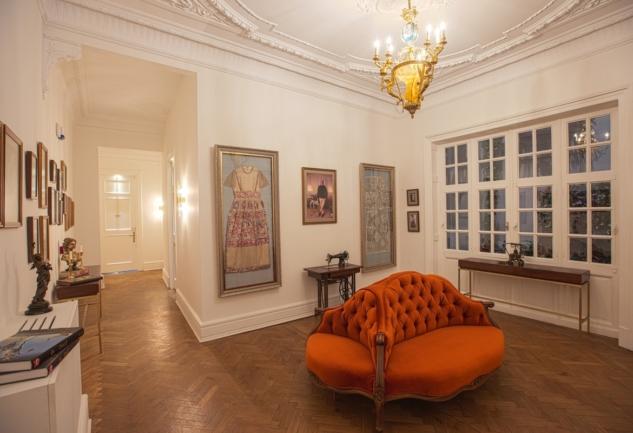 Beyoğlu'nun Kalbinde: Güney Palas ve Mr.Cas Hotel