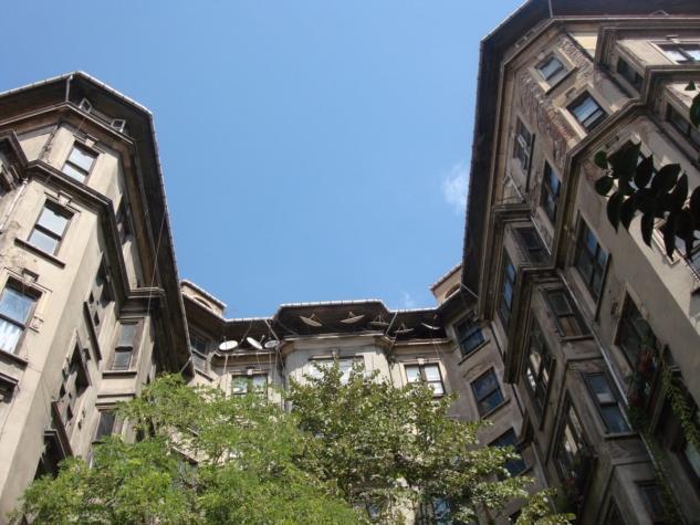 Arif Paşa Apartman,  Elmadağ | Fotoğraf: twitter.com/seda_ozen