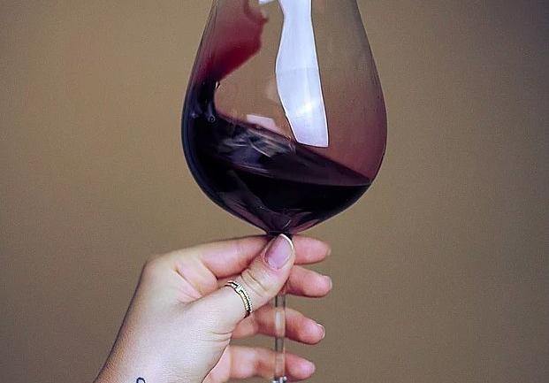 Ayseli İzmen ile Şarap Üzerine: