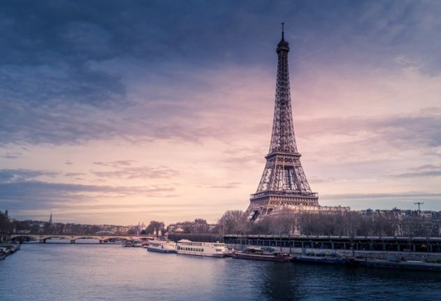 Paris'te Yaşamak: Simay Demirel ile Dopdolu Bir Söyleşi
