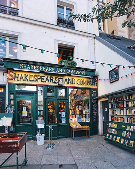 Paris – Shakespeare and Company