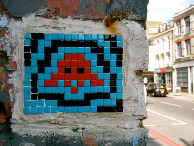 Space Invader, Curtain Road