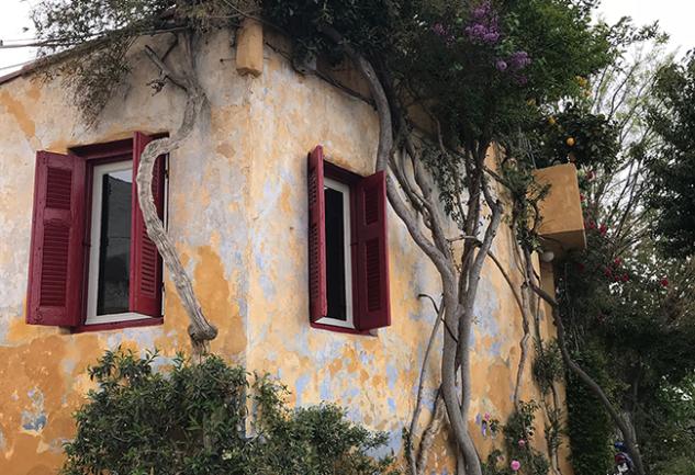 Baharda, Üç Günde Atina