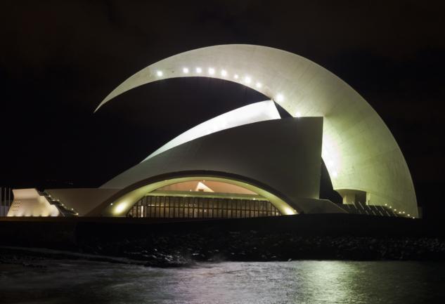 Modern Opera Binaları: Müzik ve Mimarinin Peşinde