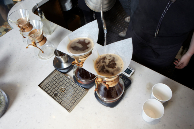 chemex-ace-cafe-lifestyle